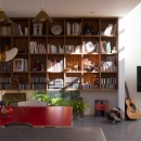 ダイニングの本棚