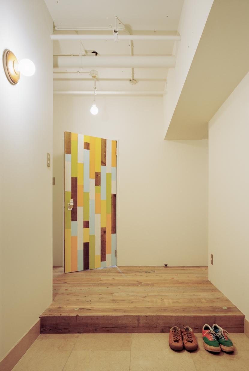 名古屋の住宅 (玄関)