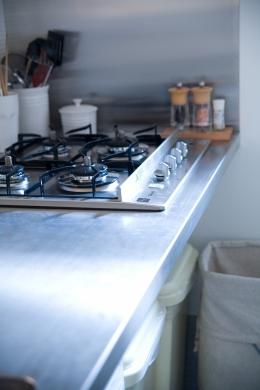 腰越の住宅 (キッチン)