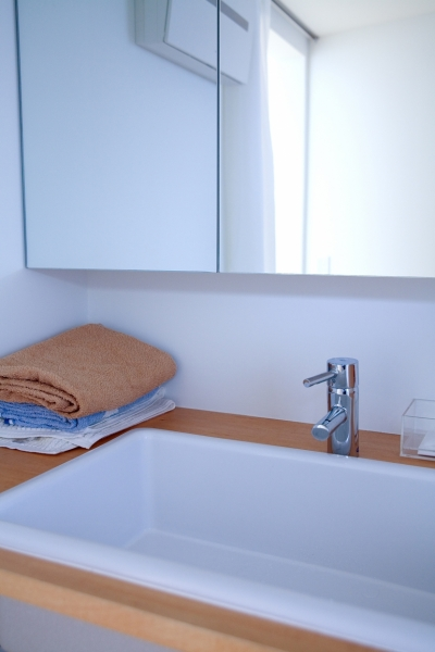 洗面室 (腰越の住宅)
