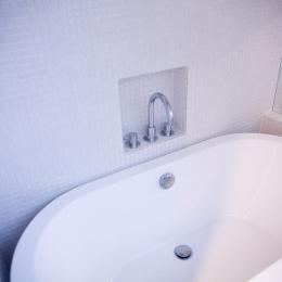 腰越の住宅 (浴室)