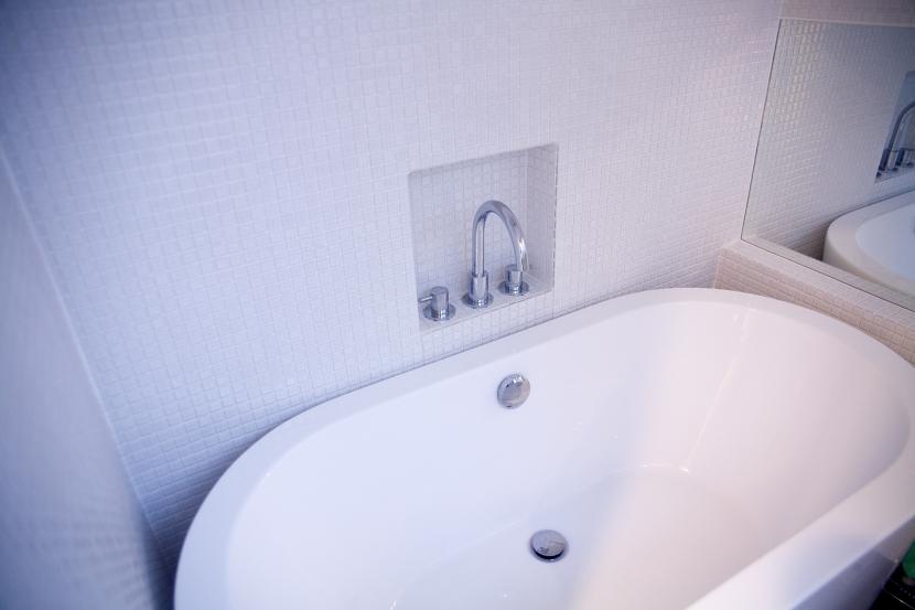 腰越の住宅の部屋 浴室