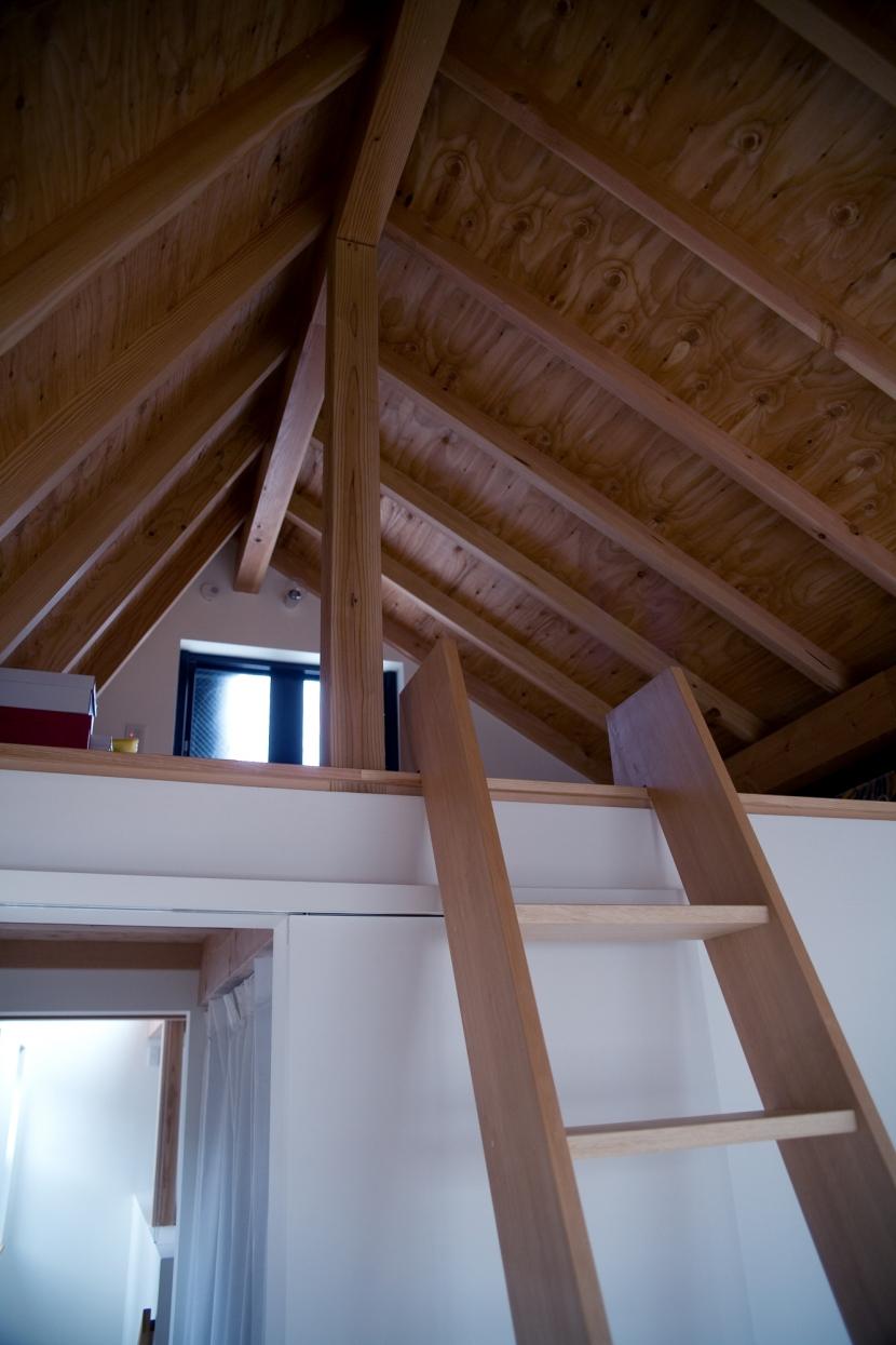 腰越の住宅の部屋 ロフト