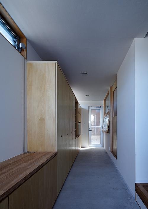 宇佐の家の写真 奥行きのある玄関・土間スペース