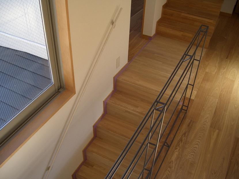 世田谷の家の部屋 階段とスチール手摺