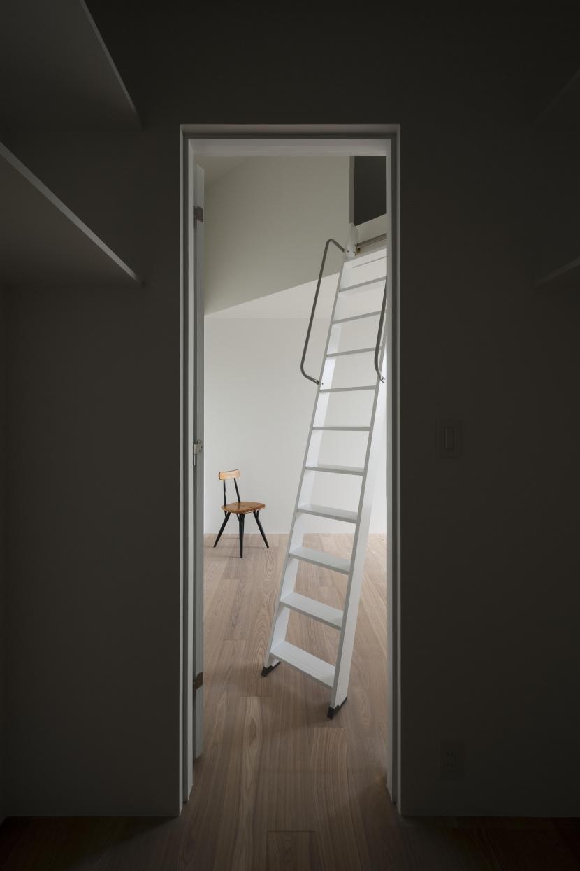 UZU庵の部屋 ロフトのある寝室