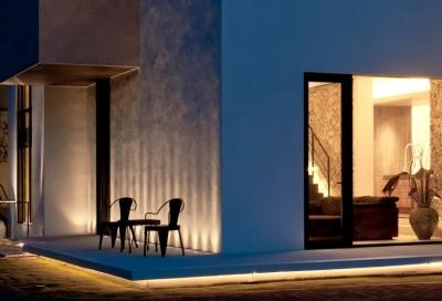 自然素材の家 オークラモデル (夜の外観)