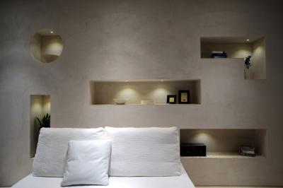 自然素材の家 駒沢モデル (ニッチの飾棚)