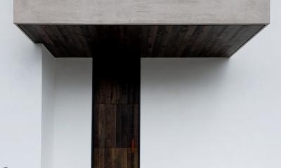 自然素材の家 オークラモデル (玄関)