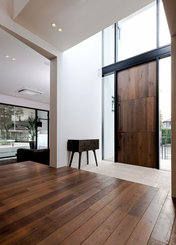 自然素材の家 瀬田モデルの部屋 エントランス