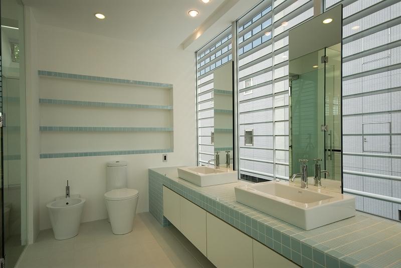 自然素材の家 港北モデル (洗面室)
