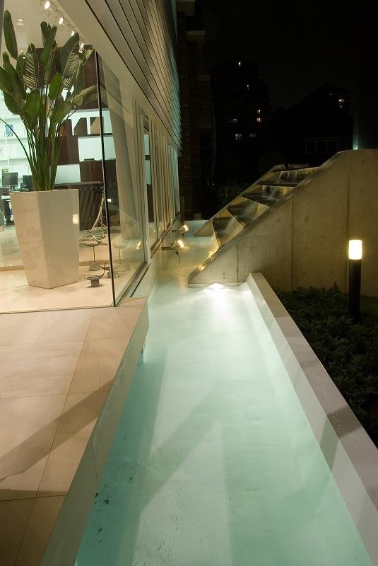 自然素材の家 港北モデルの部屋 水