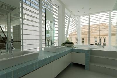 浴室 (自然素材の家 港北モデル)