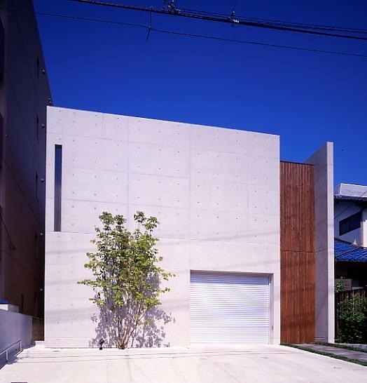深田 晋「長丘の家」