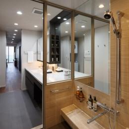 石と木がつくる趣の家 (浴室・洗面室)