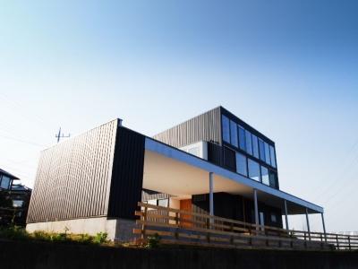 外観-1 (芝生デッキのある家|W HOUSE)