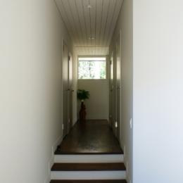 M邸 (階段)