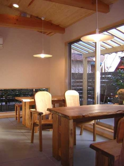 Cafeの客室 (Days-Cafe 小さな庭を眺めるCafe)