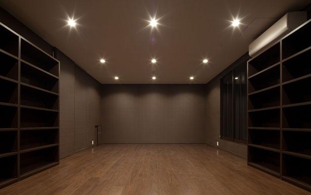 建築家:藤井 将「さんかくテラスの家」