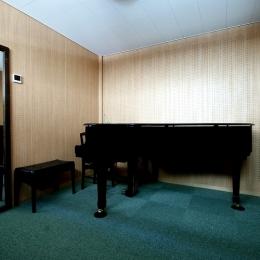 Aビルヂング (音楽室)