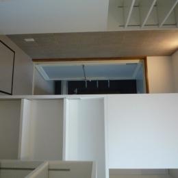 三鷹の家改修 (パウダールームから浴室)