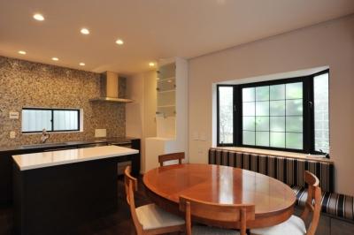 キッチンーファミリールーム (用賀の家改修)