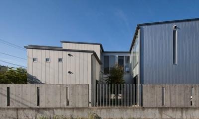 中庭を取り囲む外観|久安の家|プライベートな外部空間を持つ家