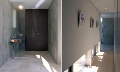 玄関ホール|久安の家|プライベートな外部空間を持つ家
