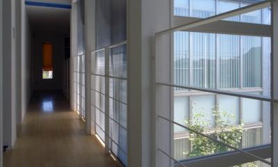 廊下|久安の家|プライベートな外部空間を持つ家