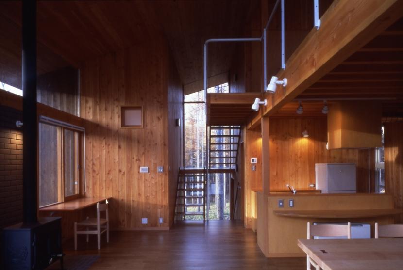 鳴岩の山荘の部屋 リビング