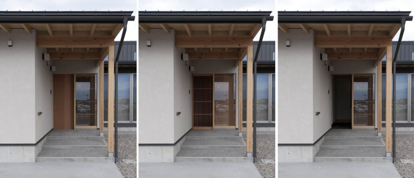 南砺市の家の部屋 格子網戸を組み込んだ玄関