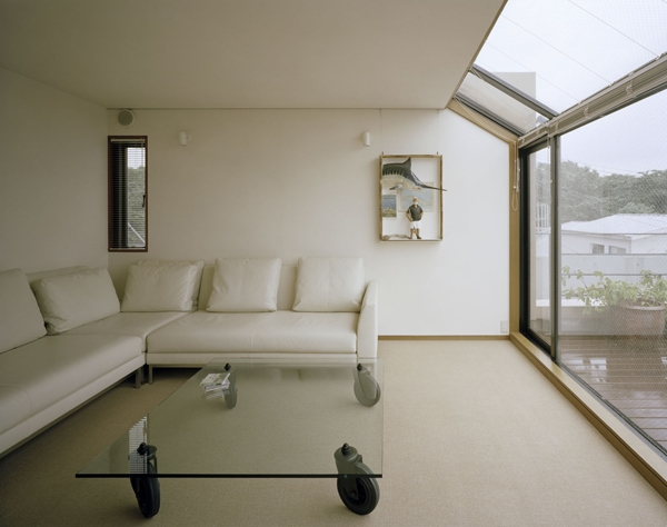 建築家:内山章「HOUSE MT」