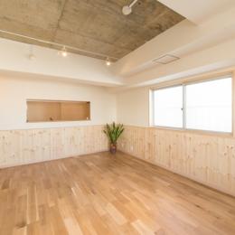 自然素材に囲まれたワンちゃんとの暮らし『Organic Styleリノベーション』 (居室)