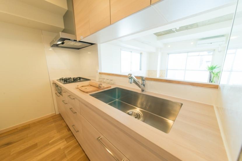 自然素材に囲まれたワンちゃんとの暮らし『Organic Styleリノベーション』の部屋 キッチン