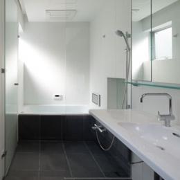 スキップフロアの家-スキップフロアの家_浴室