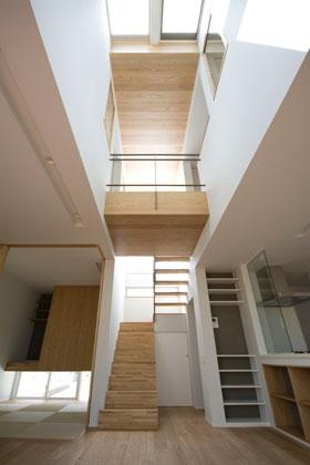 光と眺望を楽しむ家の写真 光と眺望を楽しむ家_LDK2