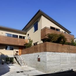 落ち着きと明るさの2世帯住宅-外観