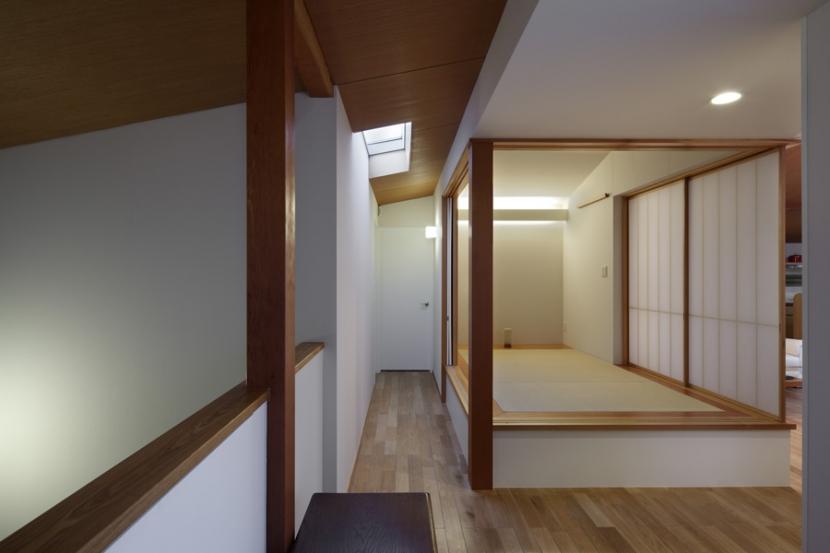 落ち着きと明るさの2世帯住宅の部屋 子世帯和室