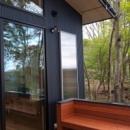 軽井沢の別荘の写真 大きなウッドデッキとソーラーウォーマー