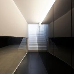 湯里の家-玄関ホール、階段
