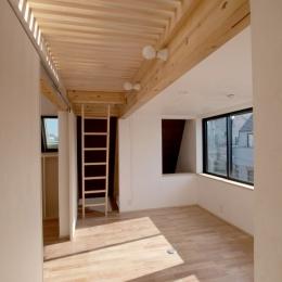 エアコンのない家 (子どもたちの共有スペース2)