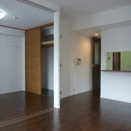 living room / dining room (Sg-House)