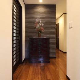 横浜市S邸:戸建て1階全面リフォーム (玄関ホール)