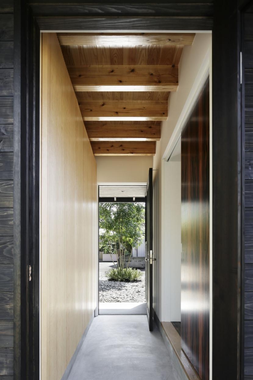 下北方の家/宮崎市の住宅の部屋 玄関