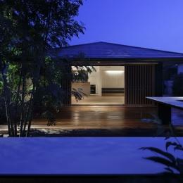 霧島町の家/宮崎市の住宅 (南側夜景)