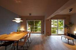 多摩センターの家/東京のリノベーション (リビングダイニング01)