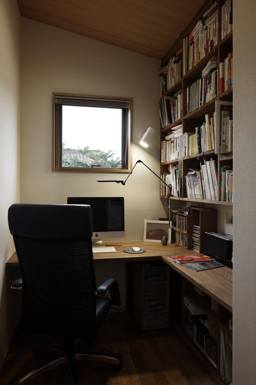 緑陰を愉しむ家の部屋 書斎