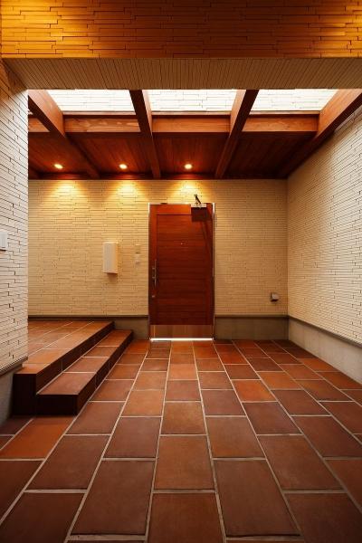 玄関ポーチ (中百舌鳥の家)