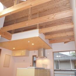 リビング・ダイニング・キッチン (家族のための大空間と蔵のある家)