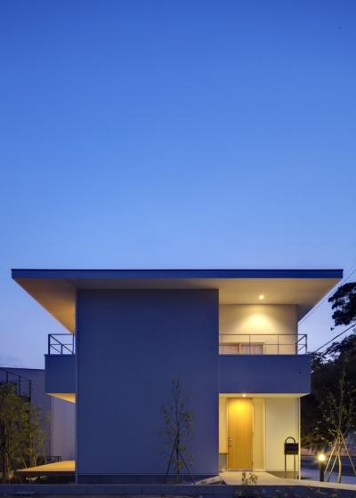 風車の家 (外観|夜景)